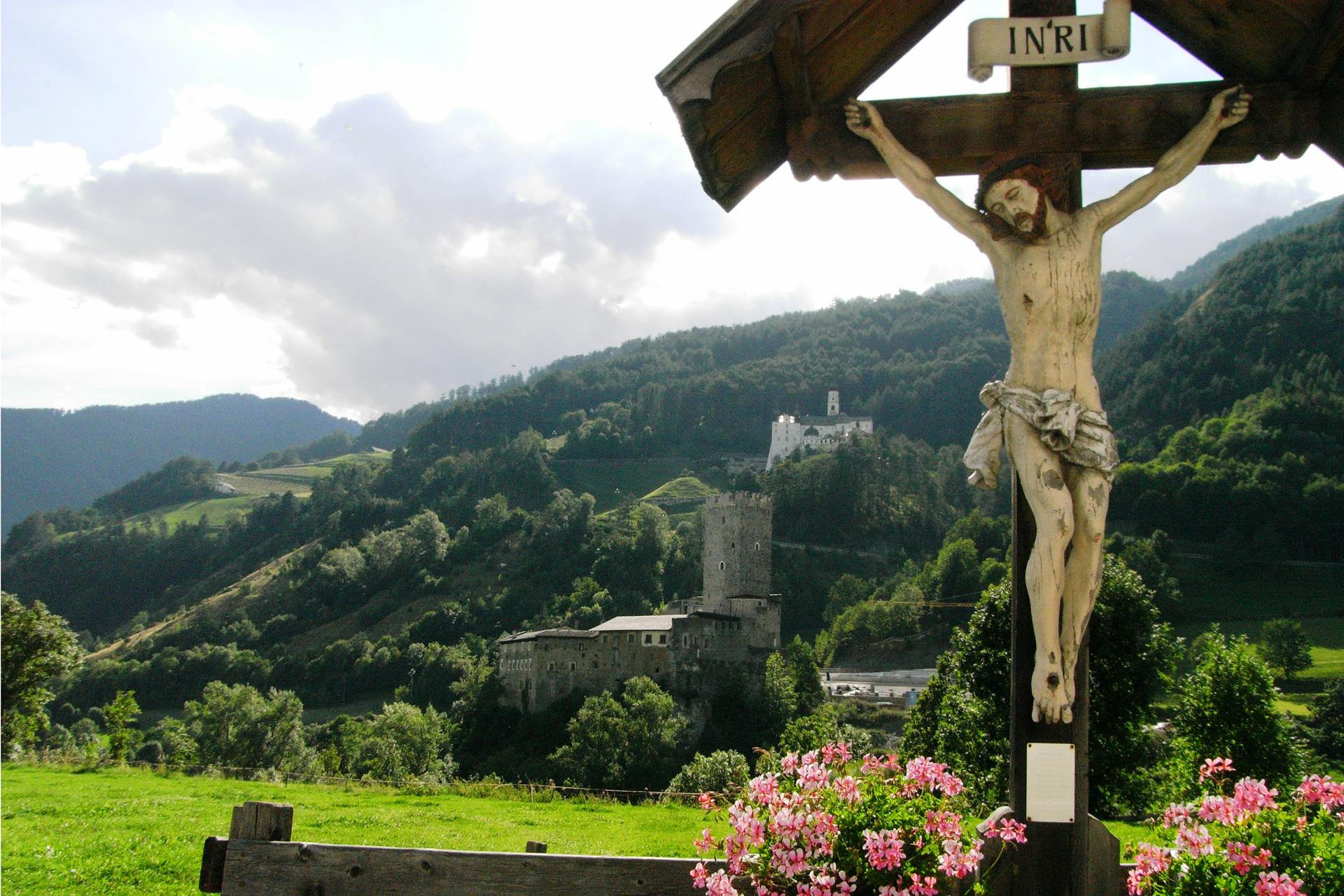 Feldkreuz, Tirol